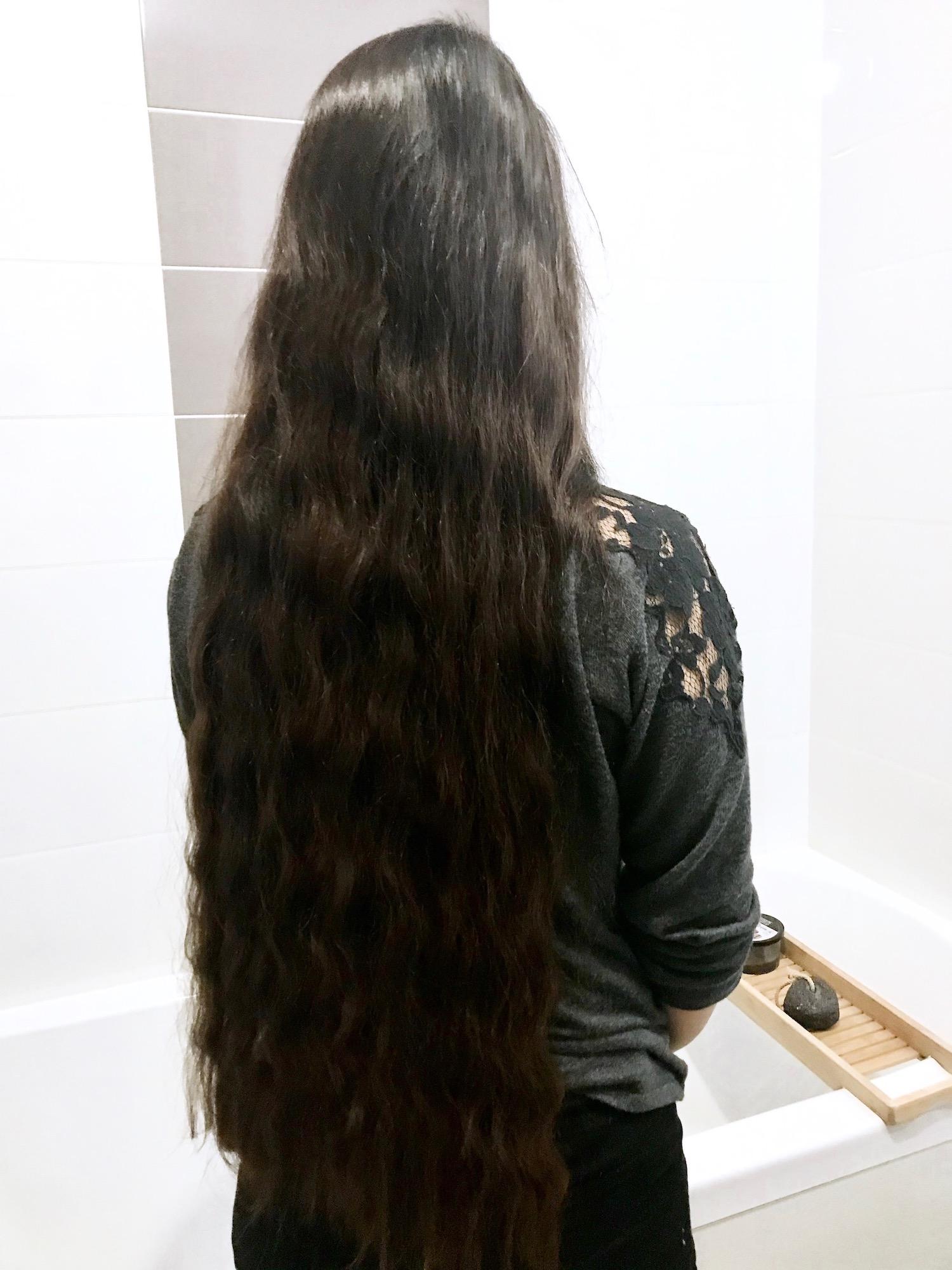 Astuces pour avoir des cheveux forts et brillants