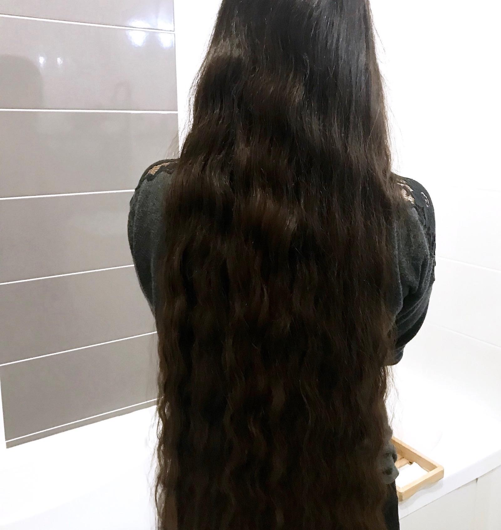 Résultats après avoir tressé ses cheveux le soir pour ne pas les abîmer